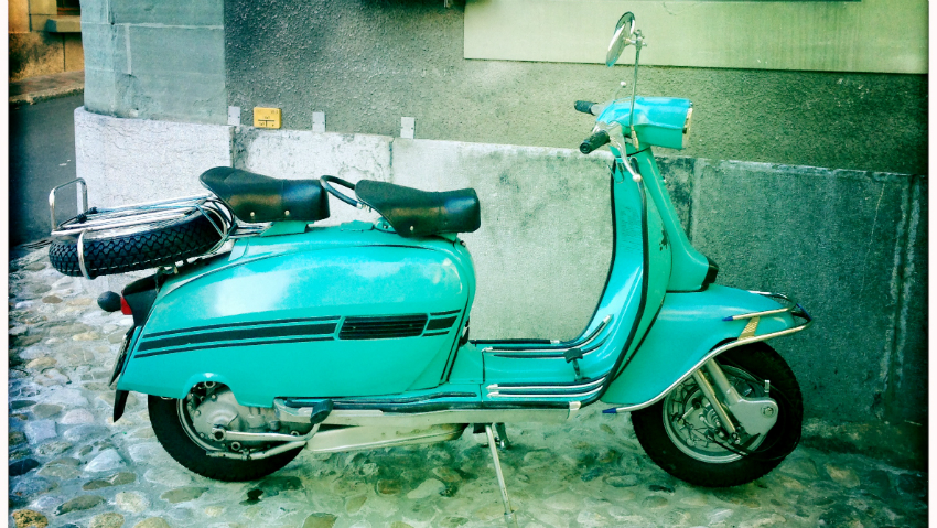 Alte vespa in cully 2014 by marion weik