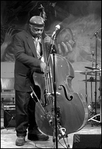 Henry Grimes - © Seth Tisue (at Hot House in Chicago, March 12, 2005)