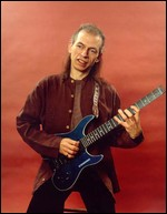 Steve Howe - © Photo by Miki Slingsby for www.gibson.com